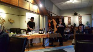 Therese og Narongsak fra Soi Saam serverer vegansk mat
